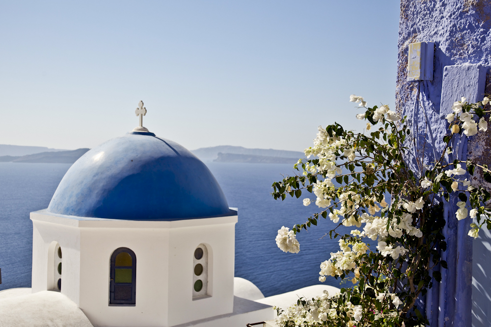 The colour of travel - Santorini vistas of blue