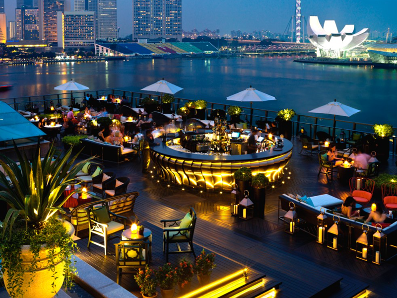 Insider's guide to singapore - ce la vie