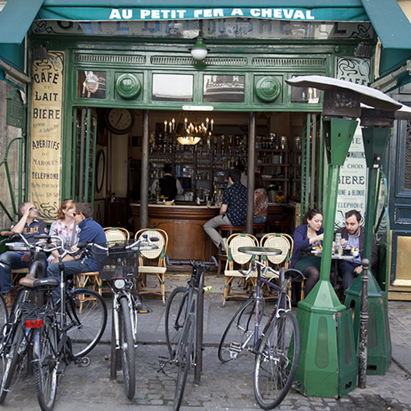 Explore Paris with Kirstie Clements - street cafes